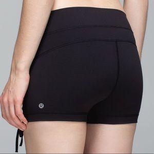 Lululemon black liberty hot yoga shorts